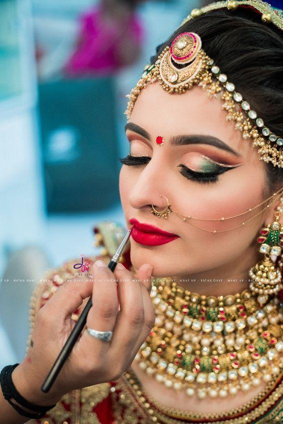 Trendy Indian Bridal Eye Makeup Looks