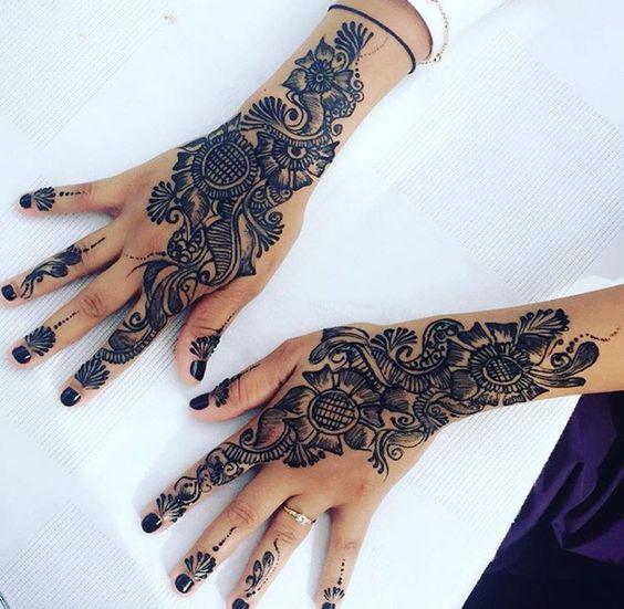 Beautiful Arabic Design For Backhand