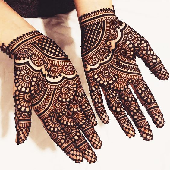 Mirrored Mehndi designs khafif