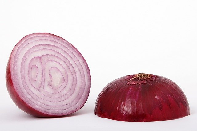 How to make onion juice for hair