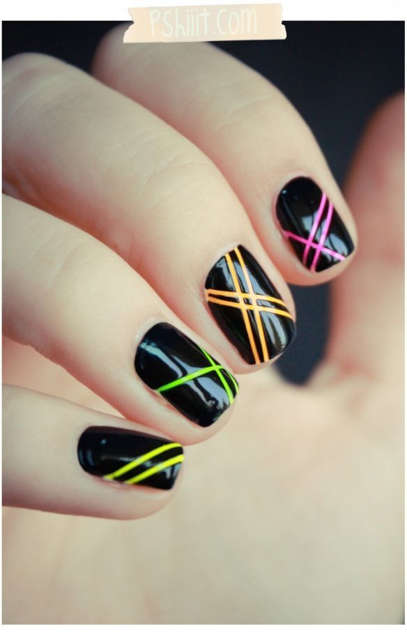 Easy Nail Designs with Fine Stripes