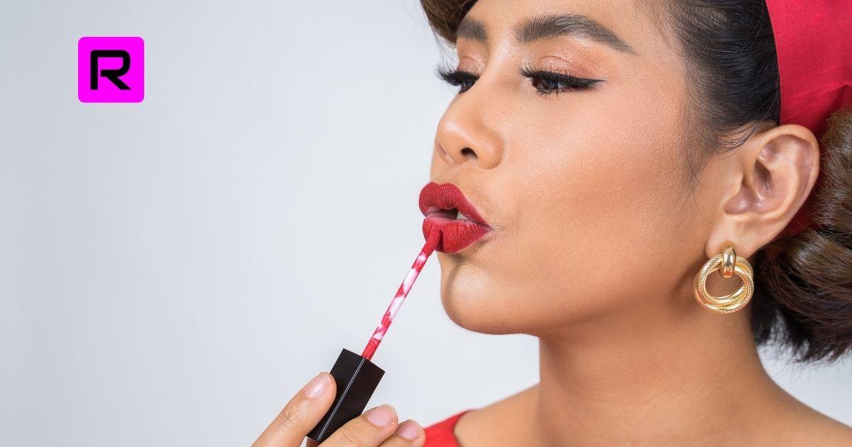 How To Apply Liquid Lipstick 2021