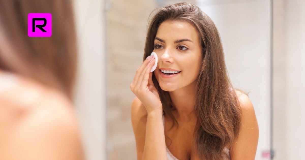 10 Tips On How To Remove Makeup At Home