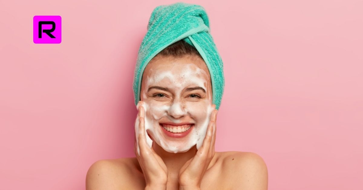 10 Best Face Wash For Oily Skin